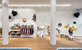 Supreme поделился фотографиями нового флагманского магазина в Милане