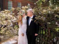 Свадебный #newlook: греческое подвенечное платье и венок вместо букета первой леди Великобритании