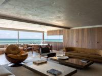 Бетонная квартира с террасой в Бразилии