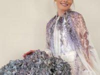 Идеальное шифоновое платье с гортензиями для летней веранды: показывает Оливия Палермо