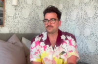 Неделя мужской моды в Париже стартовала с видеообращения актера Дэна Леви