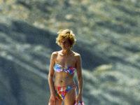 Очень жарко: 13 образов принцессы Дианы в купальниках