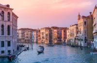 ЮНЕСКО может включить Венецию и Будапешт в список объектов, находящихся под угрозой