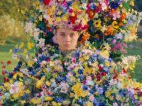 История одного платья: наряд королевы и 10 тысяч цветов из венгерского льна в фильме «Солнцестояние»