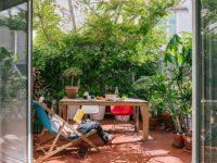 Как украсить стены террасы: 10 полезных идей
