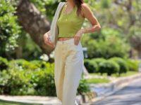 Какие джинсы должны быть в гардеробе у каждой этим летом? Модная подсказка от Кендалл Дженнер
