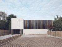 Минималистская церковь во Франции: проект Enia Architectes