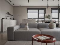Минималистская квартира в доме с радиусной планировкой