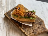 Национальный день хот-дога: необычный рецепт самой популярной уличной закуски