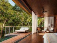 Отель в тропическом лесу в Мексике