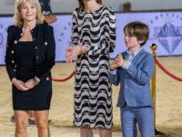 Платье Chanel с «водяными знаками», которое носит принцесса Монако