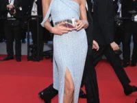 Сама нежность: Карла Бруни в голубом платье Celine на Каннском фестивале