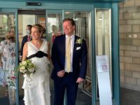 Жизнь после дворца: принцесса Люксембурга второй раз вышла замуж— в платье с черной лентой
