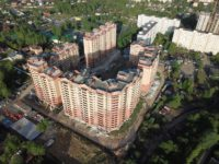 Городской застройщик завершит кровельные работы на трех домах проблемного ЖК «Марушкино» к зимнему периоду