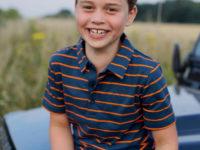 Королевское детство: Кейт Миддлтон опубликовала новое трогательное фото сына Джорджа