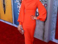 Морковь— любовь: Кейт Бекинсейл в платье российского бренда Rasario